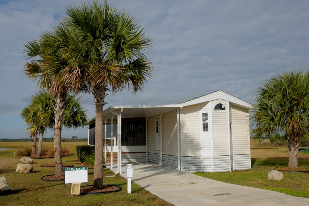 We Buy Mobile Homes - Tampa and Lakeland | Tampa Real Estate / KRL